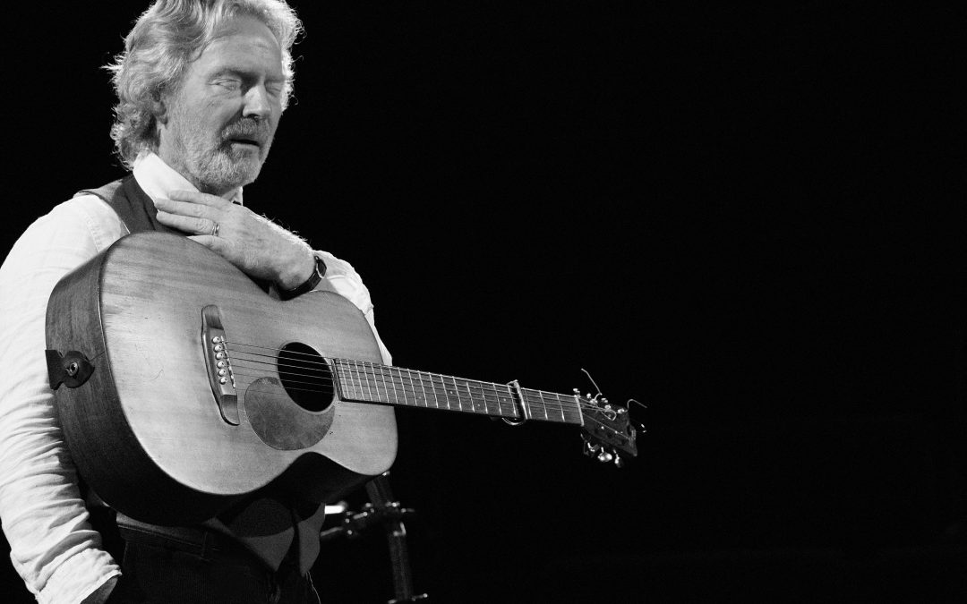 Singer, songwriter, storyteller Reg Meuross returns to Dartington for The Great Hall Sessions #2